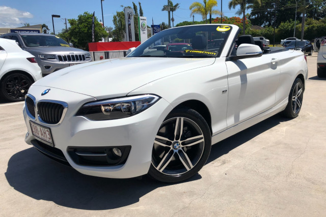 2015 BMW 2 Series Convertible Image 4
