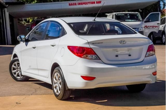 2014 Hyundai Accent RB2 Active Sedan Image 2