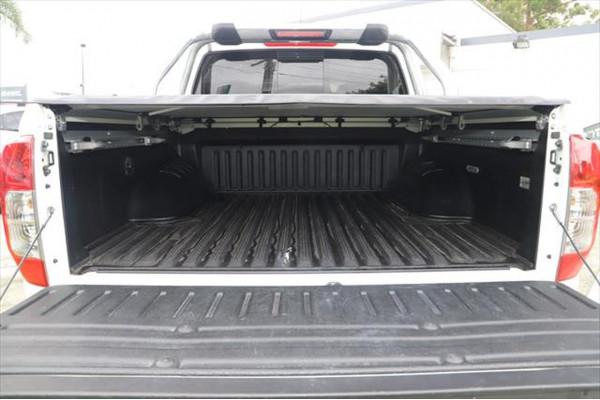 2017 Nissan Navara D23 ST-X 4X4 Dual Cab Pickup Utility Image 4