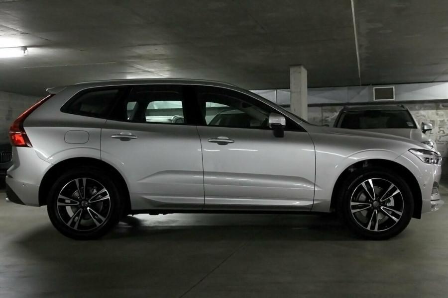 2019 MY20 Volvo XC60 UZ D4 Momentum Suv Mobile Image 16