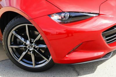 2017 Mazda MX-5 ND SKYACTIV-MT Roadster Image 2