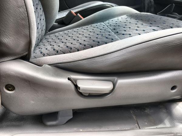 2005 Mazda Bravo B2500 DX Dual cab Image 5