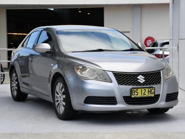 2010 Suzuki Kizashi FR XL Sedan
