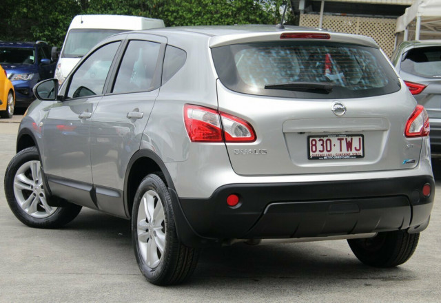 2013 MY12 Nissan Dualis J10W Series 3 MY12 ST Hatch X-tronic 2WD Hatchback