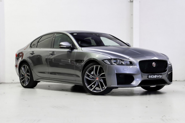 Jaguar Xf Auto  30t Chequered Flag RWD
