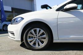 2018 Volkswagen Golf 7.5 110TSI Trendline Hatchback Image 5