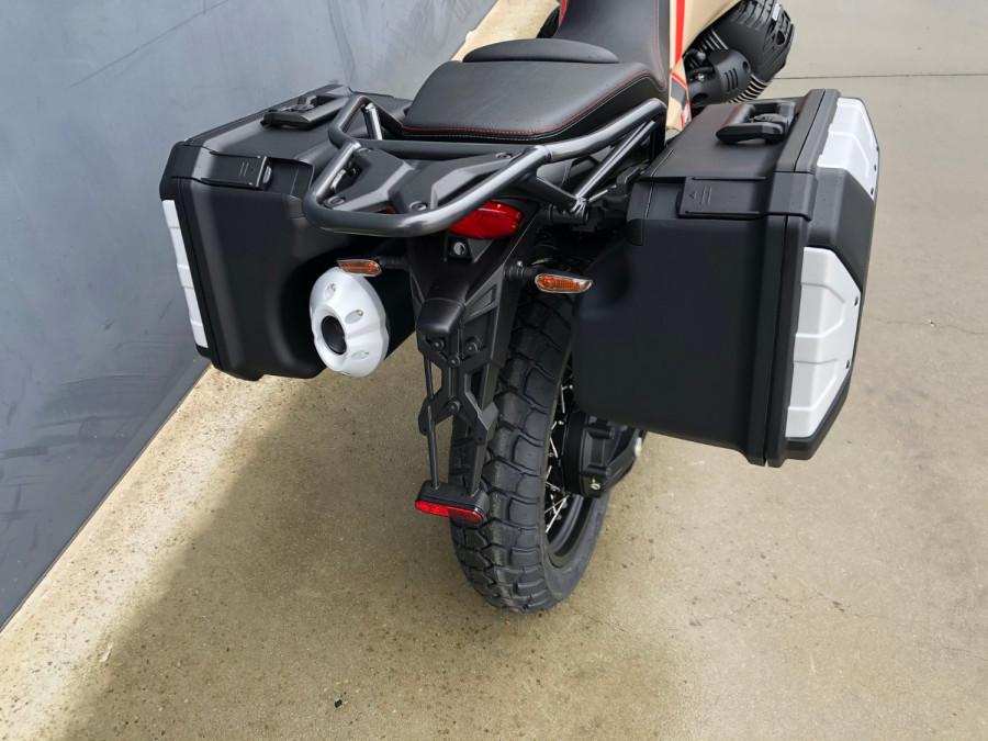 2020 Moto Guzzi V85TT Travel Motorcycle Image 28