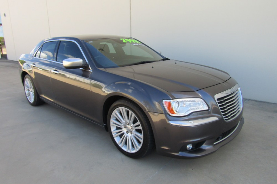 2014 Chrysler 300 LX C Sedan