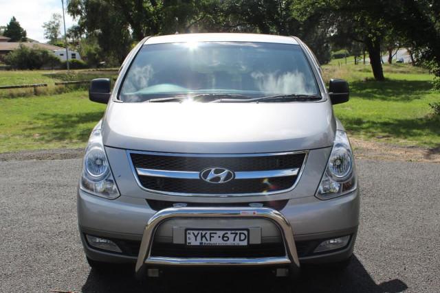 2015 Hyundai Imax TQ-W Turbo Wagon Image 3