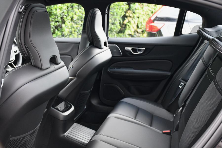 2019 MY20 Volvo S60 Z Series T8 R-Design Sedan Image 7