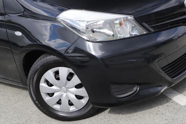 2014 Toyota Yaris NCP130R YR Hatchback Image 2