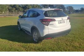 2017 Honda HR-V VTi-S Suv Image 5