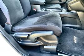 2016 MY17 Honda CR-V Vehicle Description. RM  II MY17 LTD EDIT. WAG SA 5SP 2.4I Limited Edition Suv Image 5