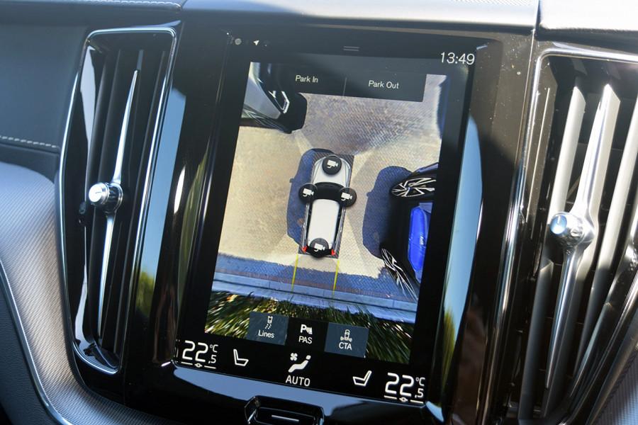 2019 Volvo XC60 UZ D5 R-Design Suv Mobile Image 15