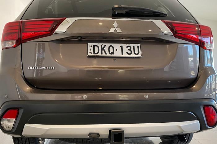 2015 MY16 Mitsubishi Outlander ZK MY16 LS Suv Image 17