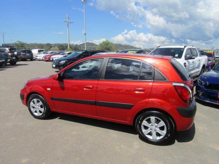 2009 Kia Rio JB MY09 LX Hatchback Image 6