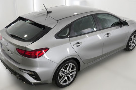 2019 MY20 Kia Cerato Hatch BD Sport Plus with Safety Pack Hatchback Image 2