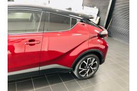 2018 Toyota C-hr NGX50R Koba Suv Image 5