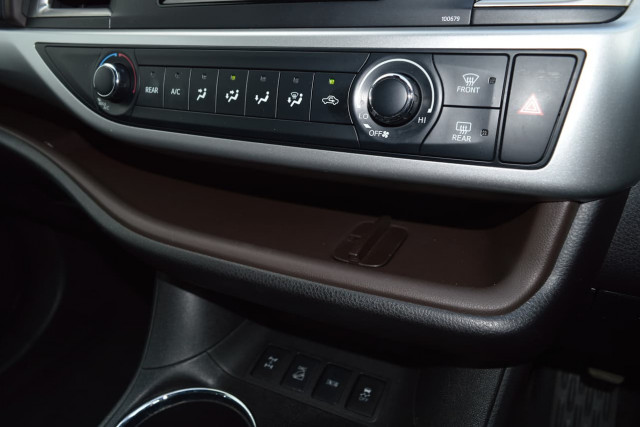 2018 Toyota Kluger GX 14 of 26