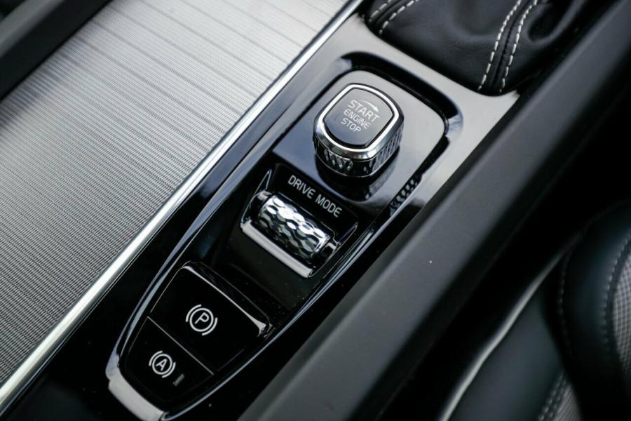 2020 Volvo XC60 UZ T6 R-Design Suv Image 29