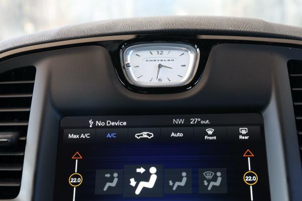 2019 Chrysler 300 LX SRT Core Sedan