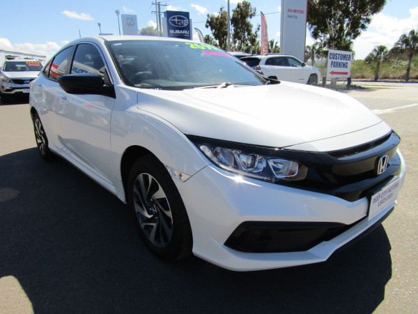 2019 Honda Civic 10TH GEN MY19 50 YEARS EDITION Sedan Image 2
