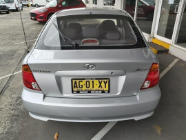 2005 MY04 Hyundai Accent LC  GL Hatchback image 4