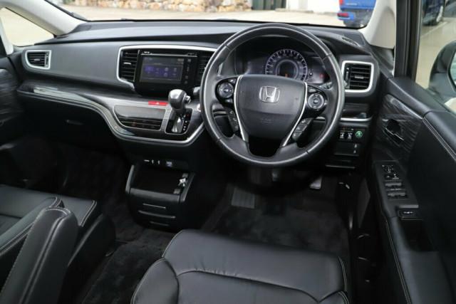 2015 Honda Odyssey 5th Gen VTi-L Wagon Image 11