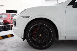 2014 MY15 Porsche Cayenne 92A MY15 S Suv Image 5