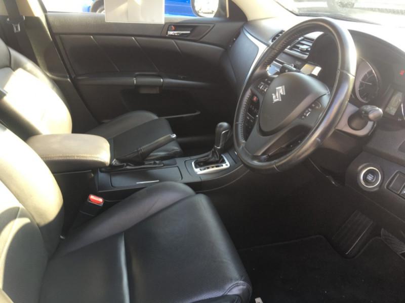 2010 Suzuki Kizashi FR XLS Sedan