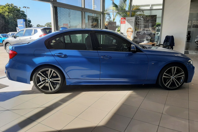2016 BMW 3 Series F30 LCI 320d M Sport Sedan Image 4