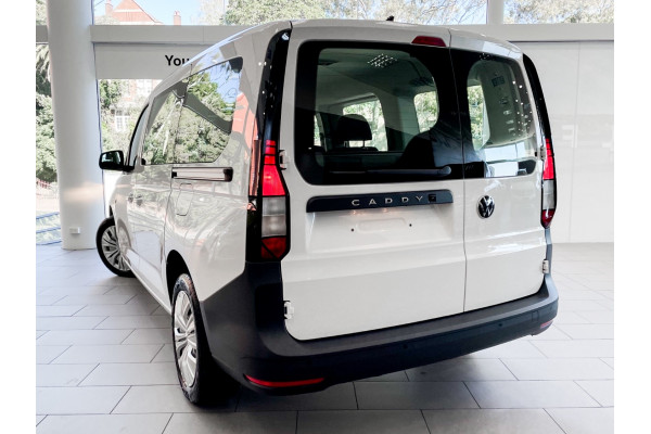 2021 Volkswagen Caddy 5 Caddy Wagon Image 2