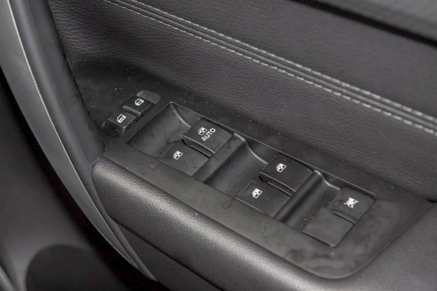 2017 Holden Captiva CG MY17 Active 7 Seater Suv Image 15