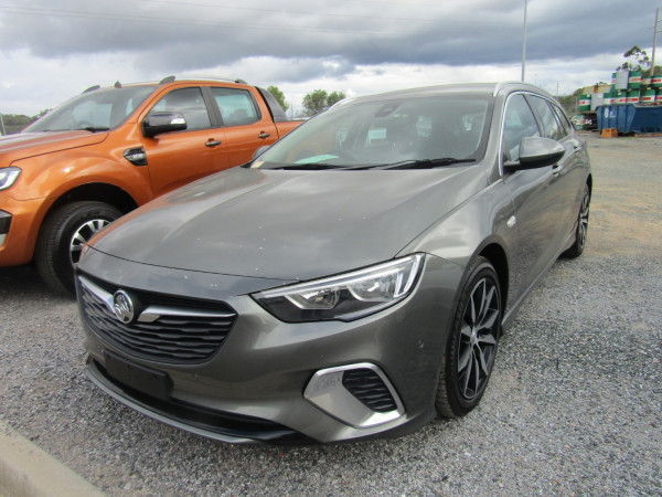 2019 Holden Commodore ZB MY19 RS Wagon Image 2