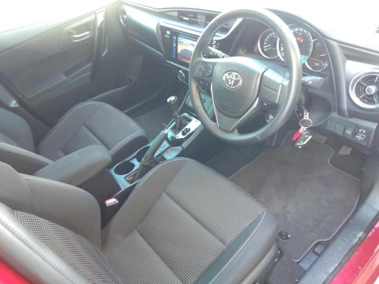2017 Toyota Corolla ZRE182R ASCENT SPORT Hatchback Image 16