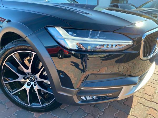 2019 MY20 Volvo V90 Cross Country P Series D5 Suv