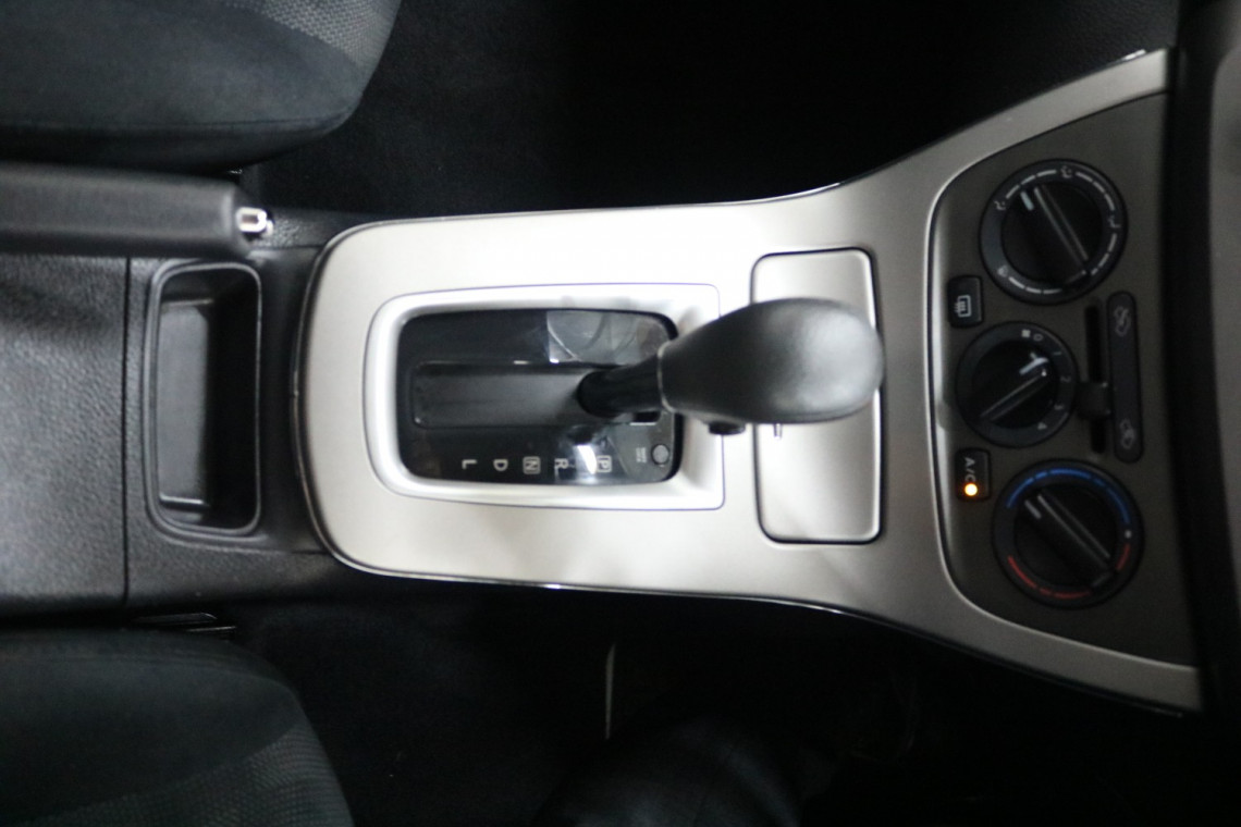 2014 Nissan Pulsar B17 ST Sedan Image 12