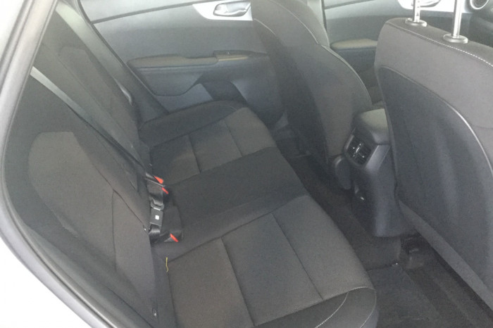 2021 MY20 Kia Cerato BD S with Safety Pack Hatchback Image 6