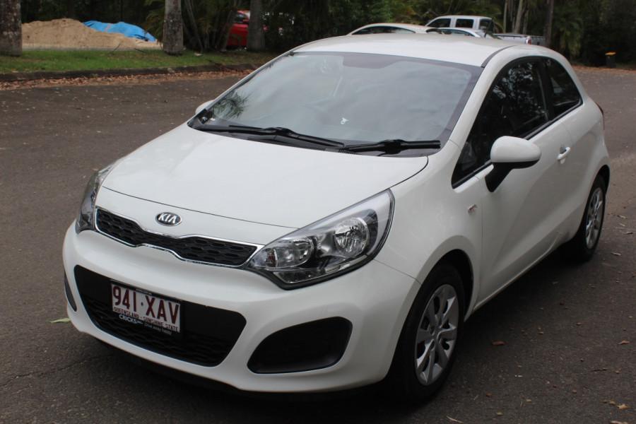 2014 Kia Rio UB  S Hatchback Image 4