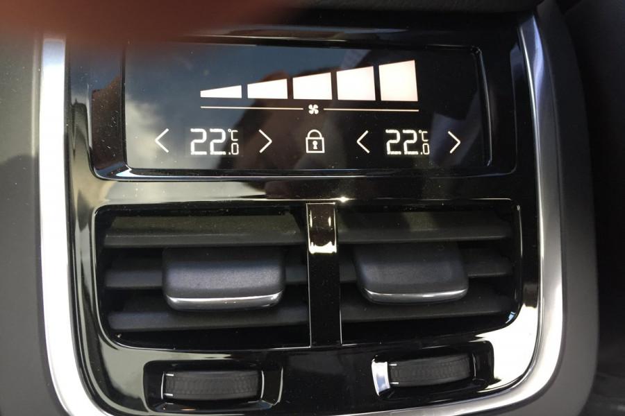 2019 MY20 Volvo XC90 L Series D5 Momentum Suv Mobile Image 19
