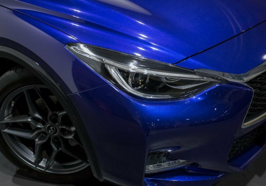 2017 Infiniti Q30 H15 Sport D-CT Wagon