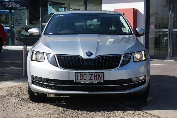 2019 Skoda Octavia NE Sedan Sedan Image 2