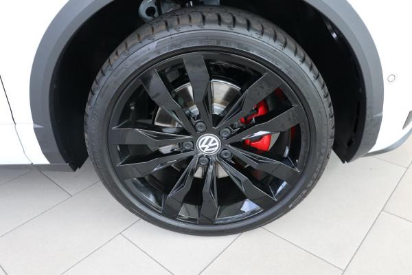 2020 Volkswagen T-Roc X Wagon Image 5