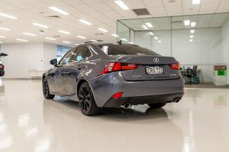 2013 Lexus Is GSE31R 350 Luxury Sedan Image 5