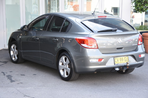 2012 Holden Cruze Vehicle Description. JH  II MY12 CD Hatch 5dr SA 6sp 1.8i CD Hatchback Image 3