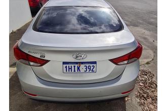 2014 Hyundai Elantra MD3 SE Sedan Image 3