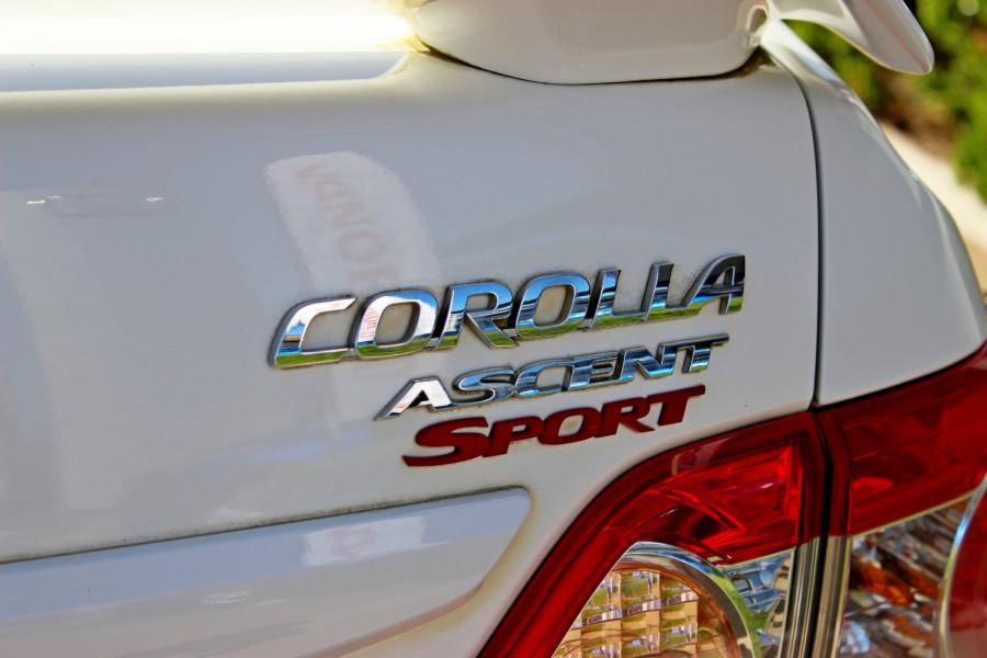 2011 Toyota Corolla ZRE152R  Ascent Ascent - Sport Sedan Image 7
