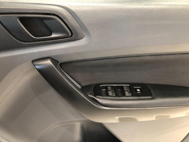 2015 Ford Ranger PX Turbo XL 4x4 dual cab Image 10