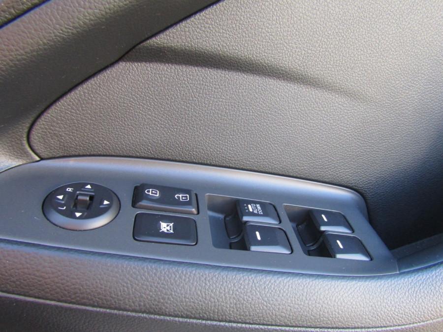 2017 Kia Cerato YD MY17 S Hatchback Image 13