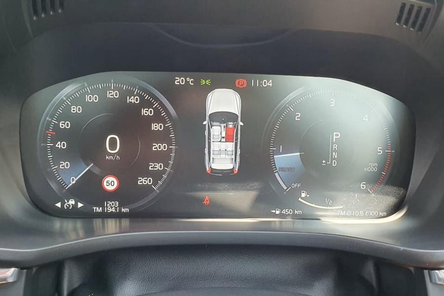 2019 Volvo XC60 UZ D5 R-Design Suv Mobile Image 18